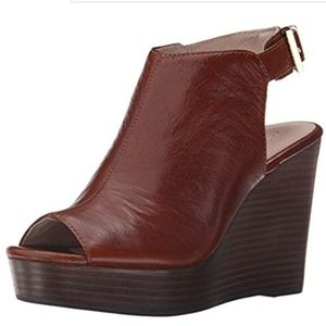 GUC✨KENNETH COLE NY Olcott Wedge Sandal Brown 9.5